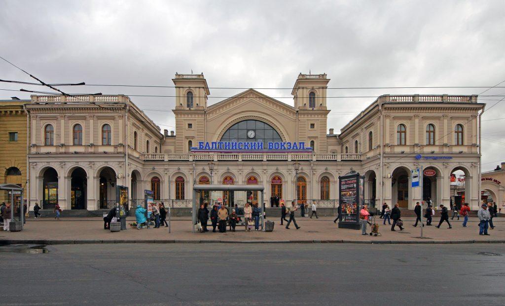 Электричка до платформы Аэропорт отправляется с Балтийского вокзала Санкт-Петербурга