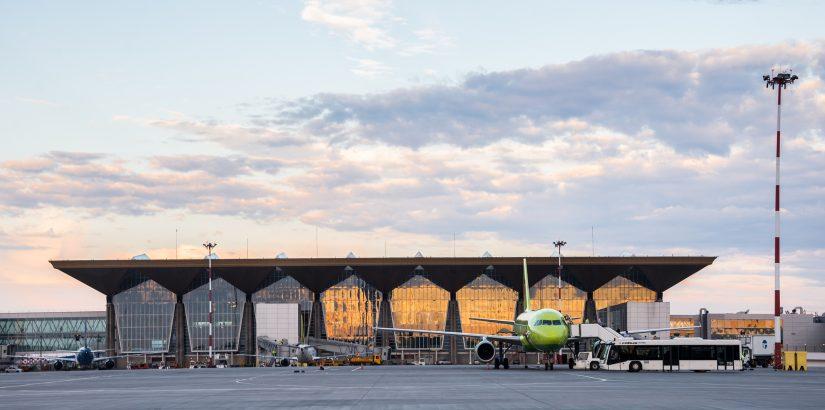 Новый терминал Пулково. Вид со стороны взлетной полосы