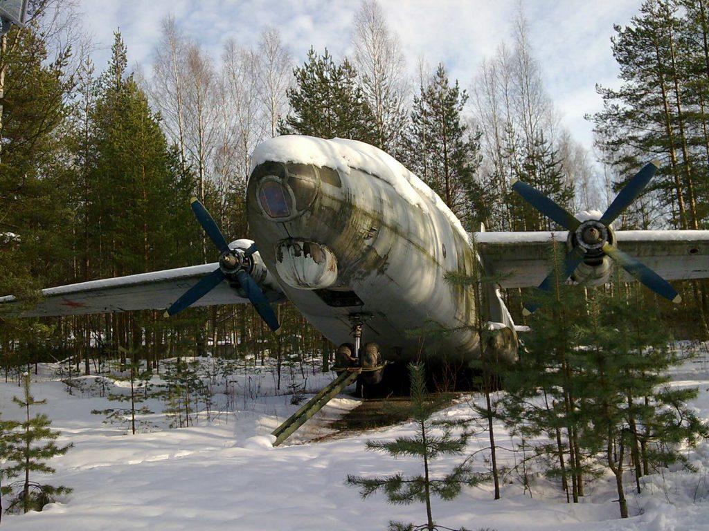 Заброшенный АН-8